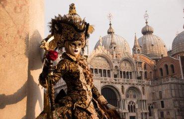 Visiting the Carneval in Venice