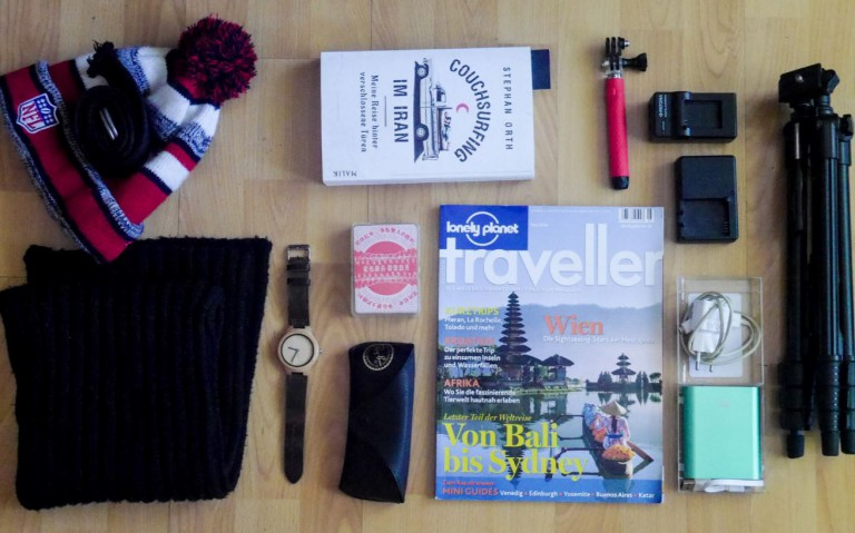 weekend packing list accesories