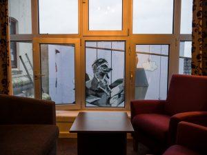 This piece is located in the inner yard of the Myrehgaarden Hotel in Stavanger - Stavanger street art