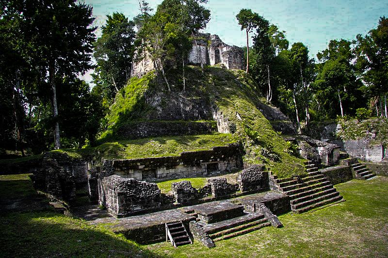 Mayan temples in Peten