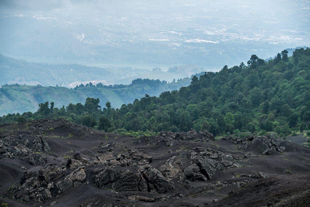 Views of the Guatemalan countryside surrounding Pacaya - Hiking up Pacaya – Guatemala´s most active volcano