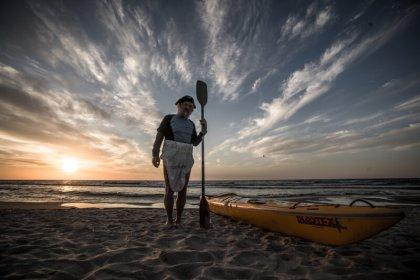 Aleksander Doba solo kayaked the ocean