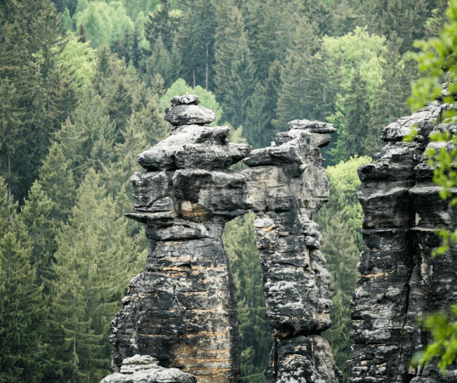 Rock Formations around the Herkulessäule
