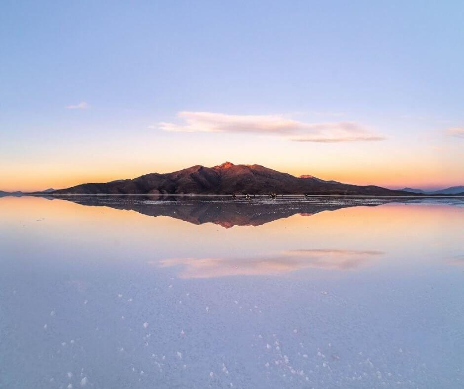 water reflections salar de uyuni