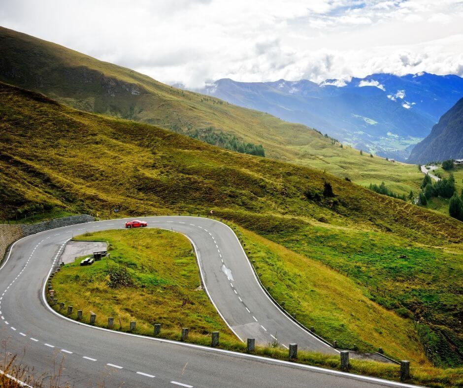 serpertine roads at the GROSSGLOCKNER