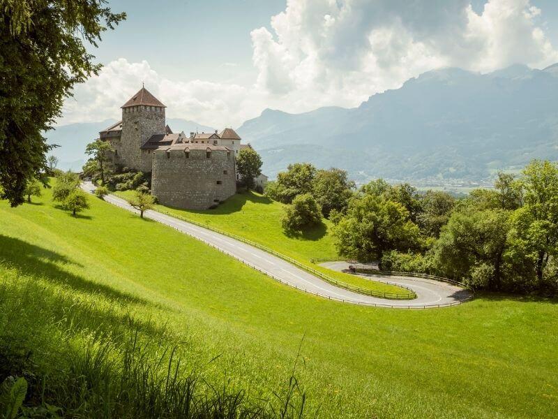 Hiking Liechtenstein - Liechtenstein Castle