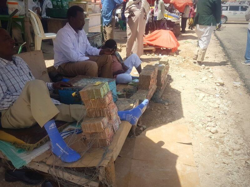 Money exchangers in Somaliland