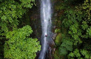 rappeling waterfalls Colombia Melgar