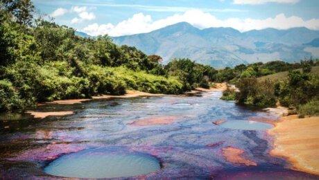 Las Gachas Colombia Santander - colorful pools