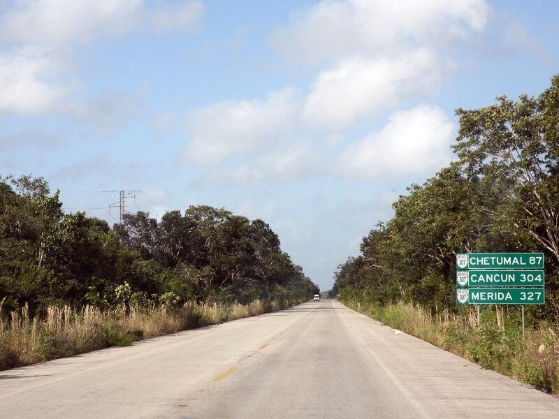 Highway between Cancun and Valladolid