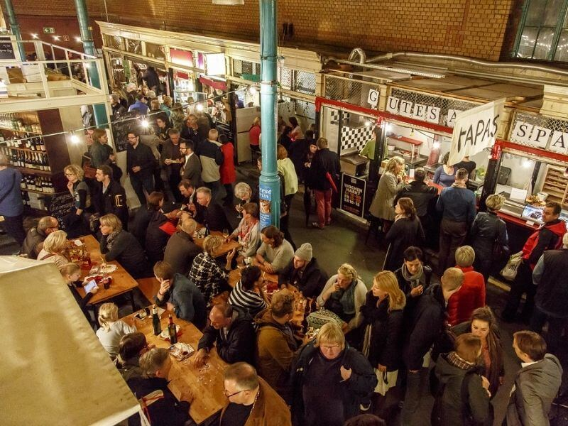 Evenings in Berlin at the Markhalle Neun